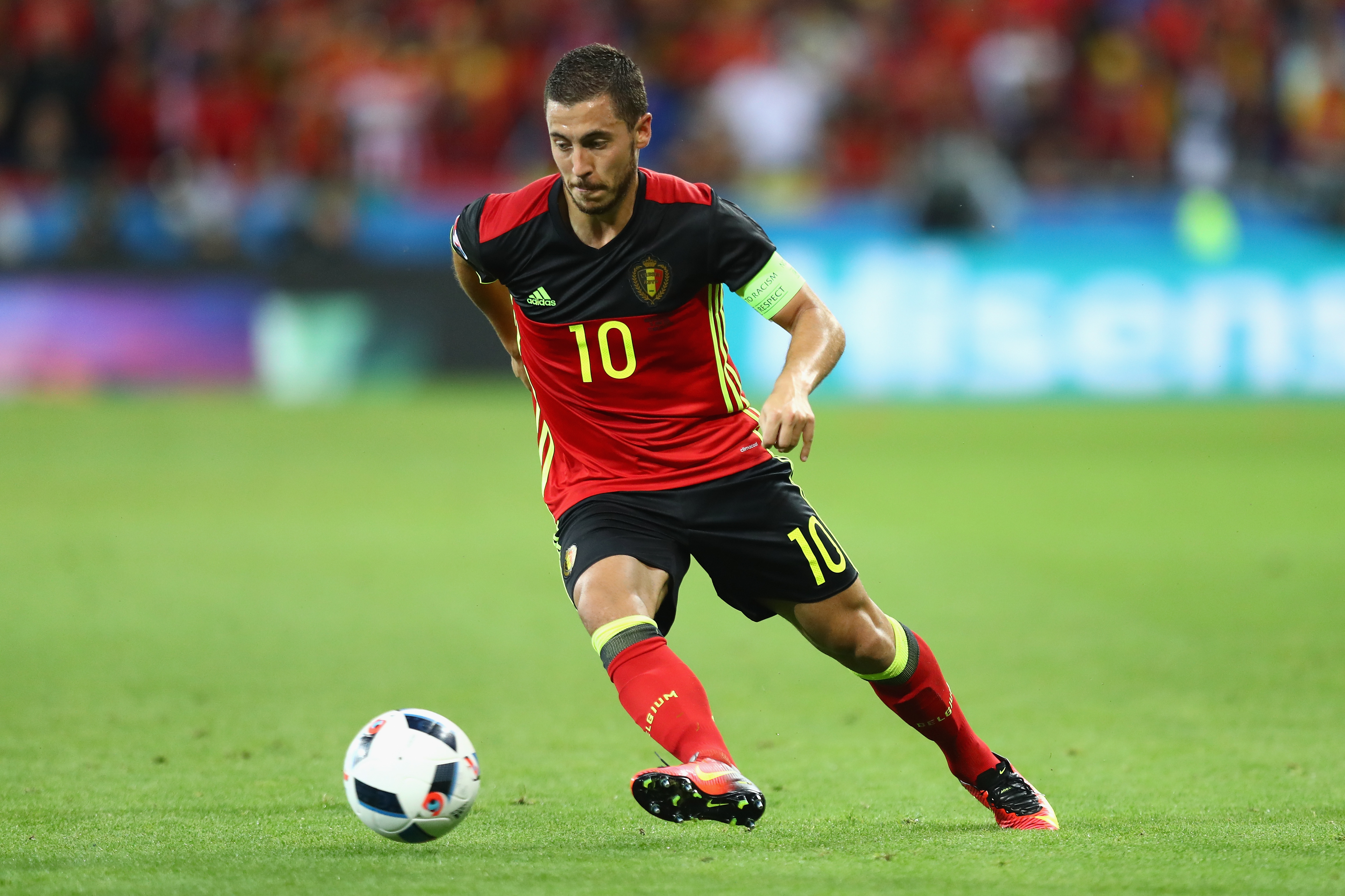 'I won't copy John Terry's leadership style at Chelsea,' says Belgium captain Eden Hazard