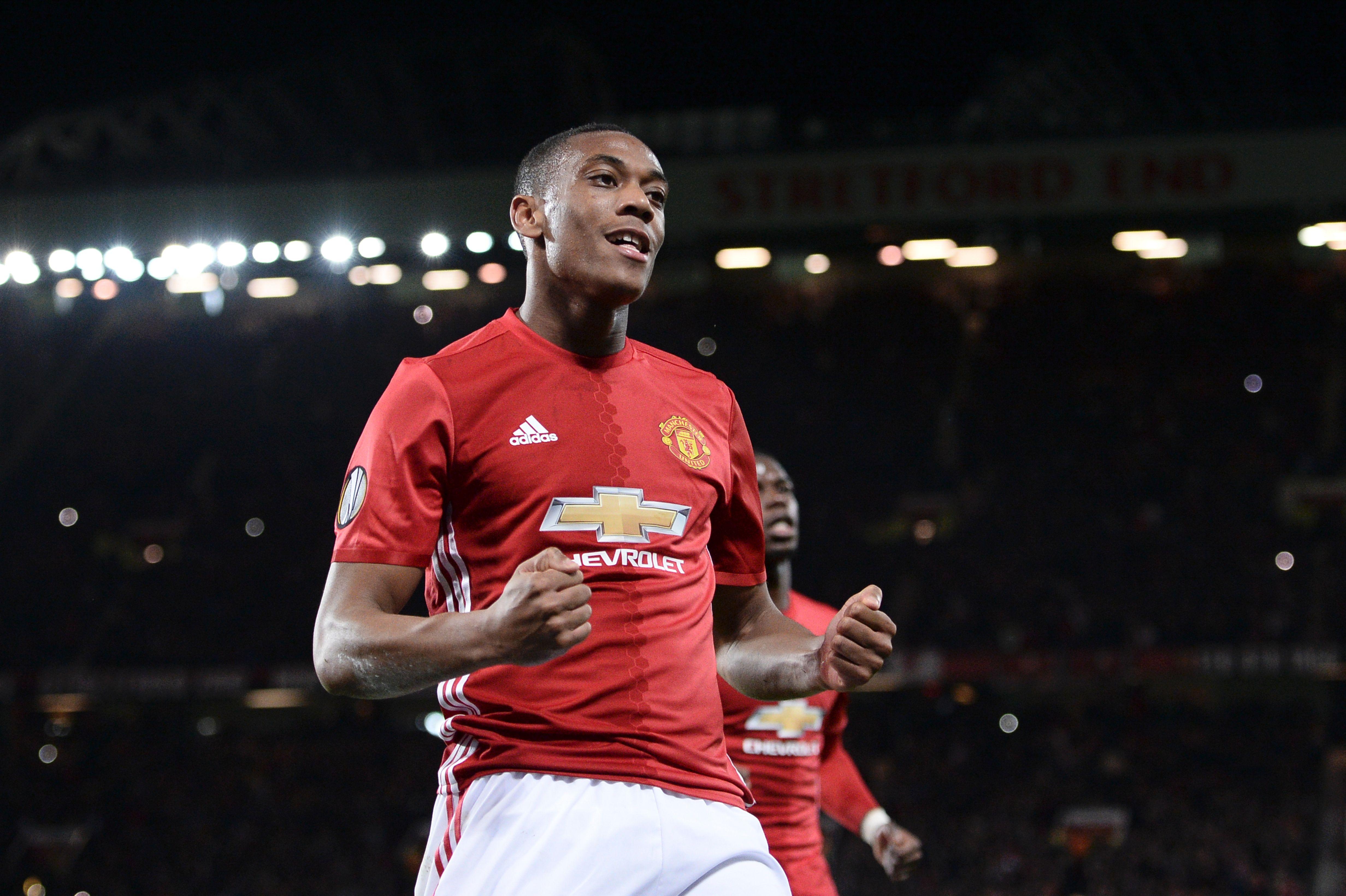 Manchester United's Anthony Martial lacking confidence under Jose Mourinho, says Glenn Hoddle