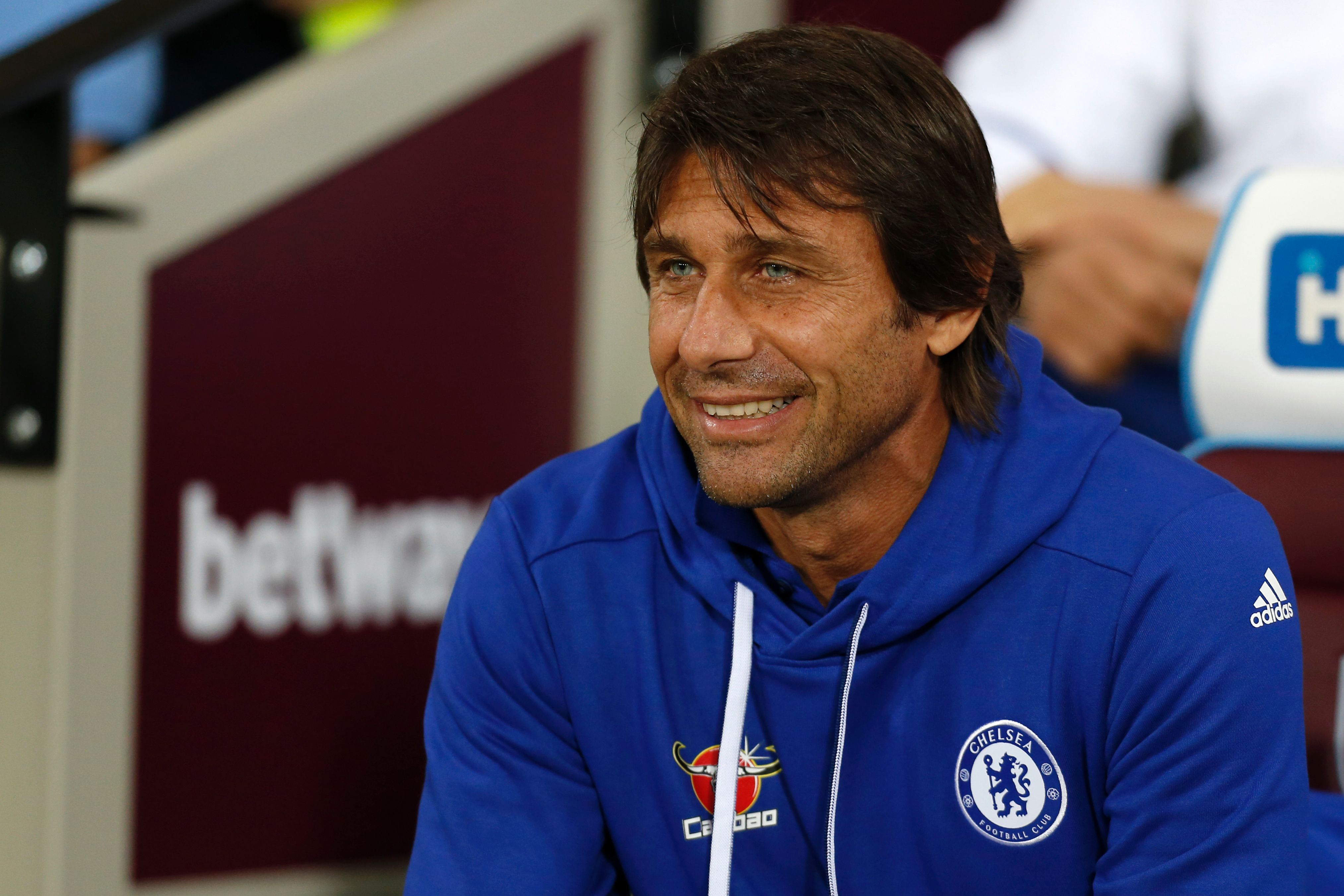 Chelsea boss Antonio Conte named Premier League manager of the month