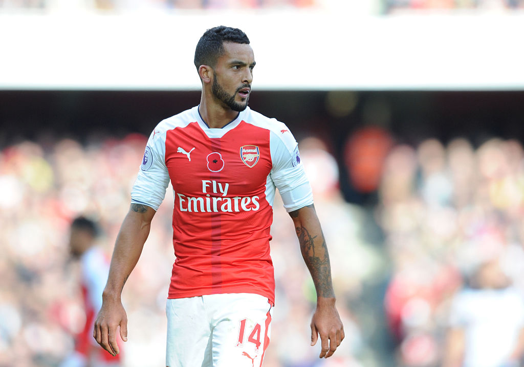 Theo Walcott is carrying a toe injury, reveals Arsene Wenger