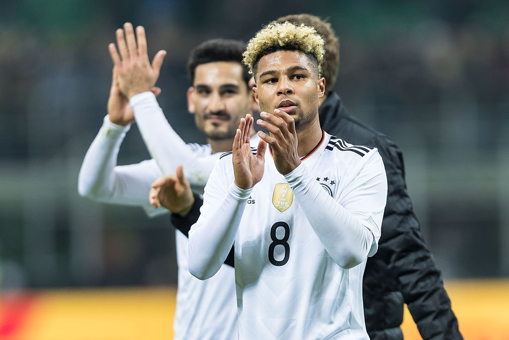 MILAN, ITALY - NOVEMBER 15: Serge Gnabry of Germany looks on during the International Friendly match between Italy and Germany at Giuseppe-Meazza-Stadion on November 15, 2016 in Milan, Italy. (Photo by TF-Images/Getty Images)