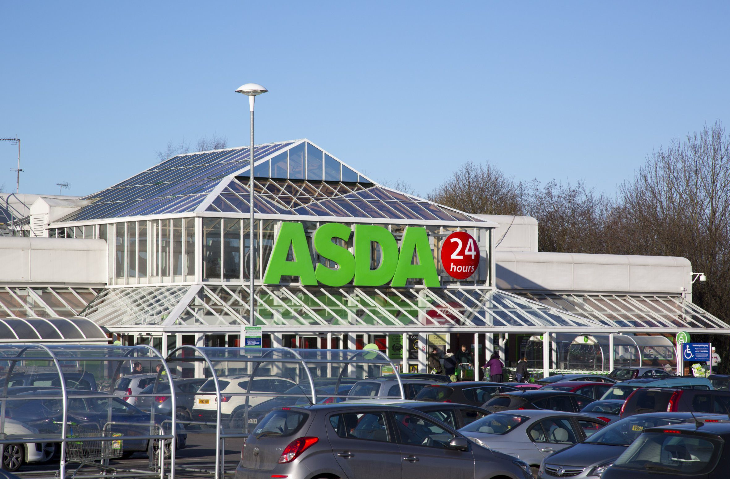 Tesco, Asda, Morrisons and Lidl opening times this weekend January 21-22