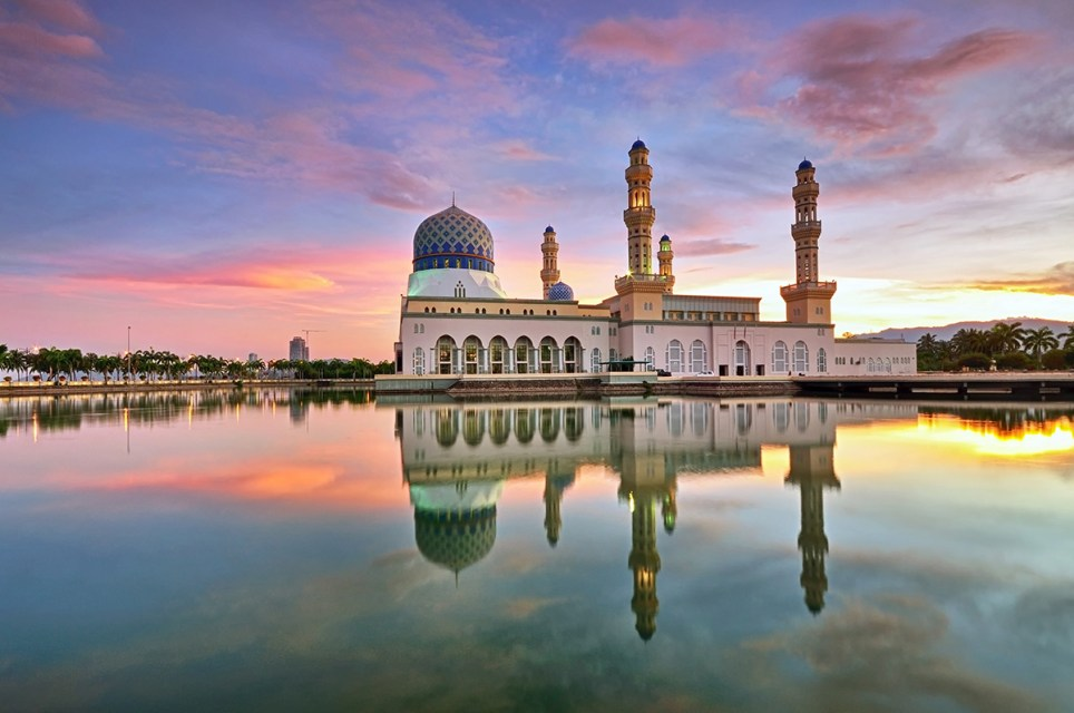 Colorful sunrise over floating mosque in Kota Kinabalu, Sabah Borneo, Malaysia. Credit: Getty Images