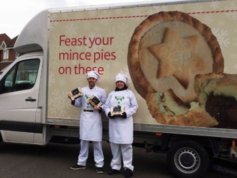 Tesco is delivering 18,000 free mince pies to people's doorsteps