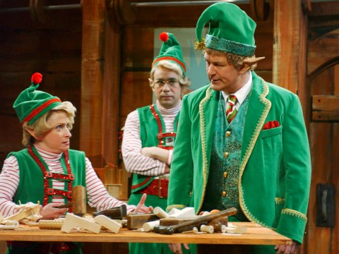 18 things that happen on your first day as an elf at Santa's workshop