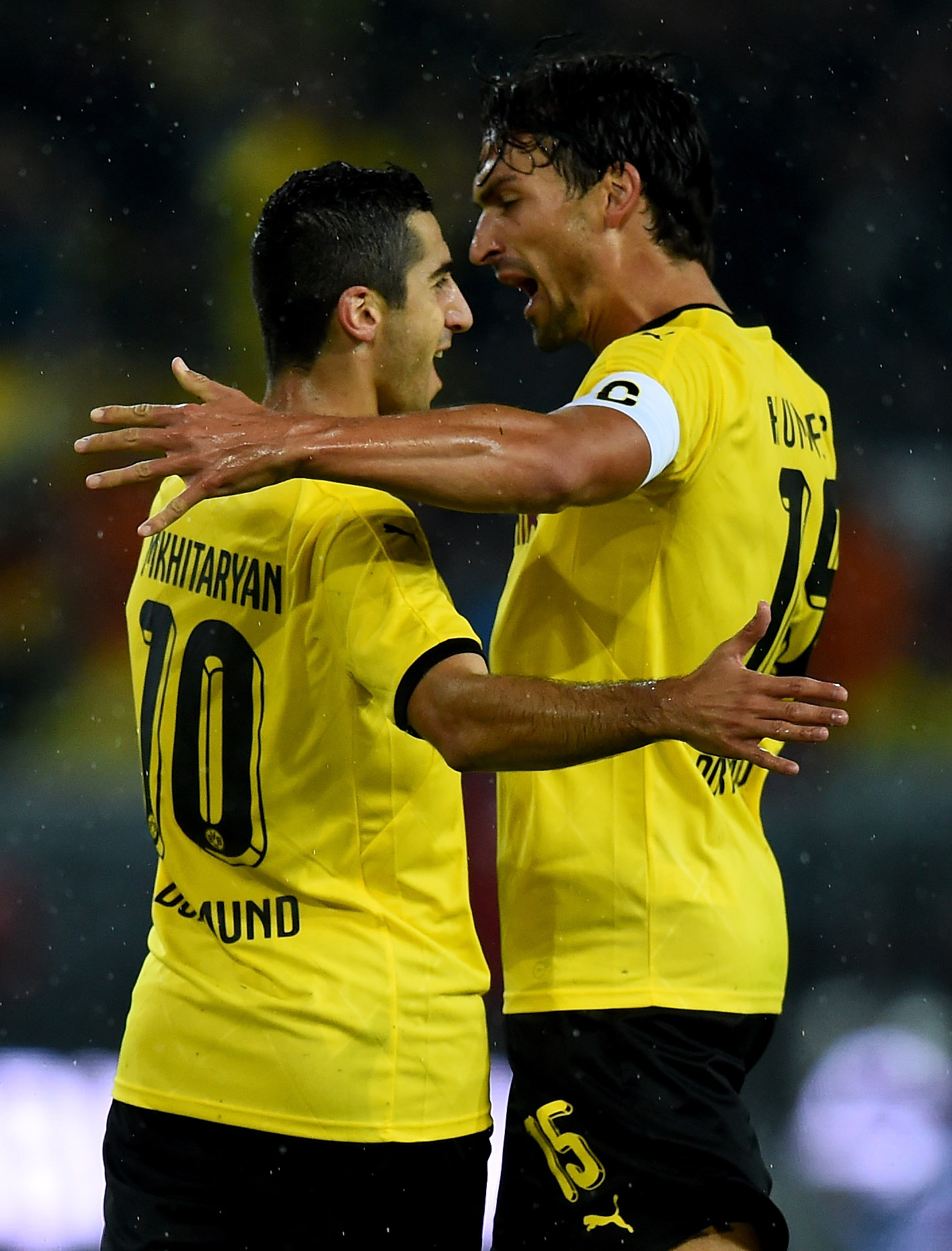 Mats Hummels insists getting the best out of Manchester United's Henrikh Mkhitaryan is 'easy'