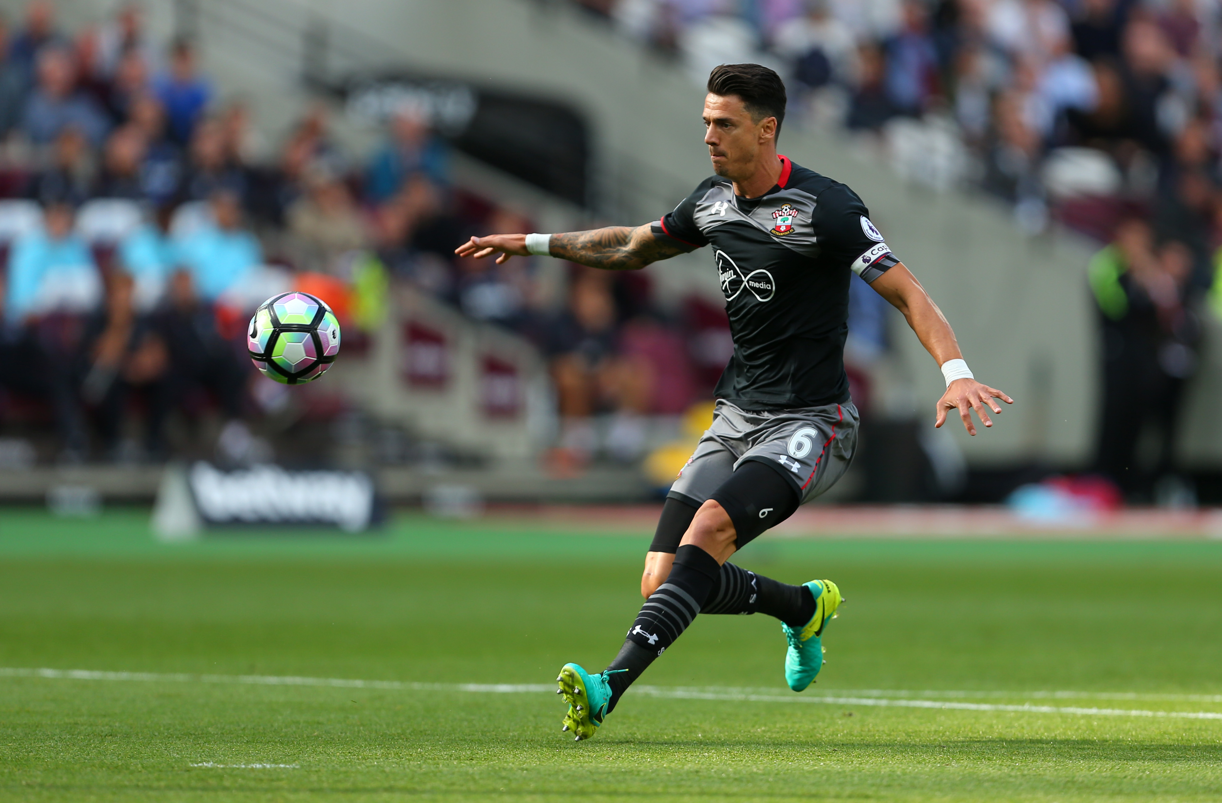 Manchester United can seal Jose Fonte transfer for just £5million