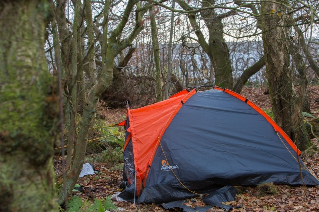 CASCADE NEWS PIX - PIC shows tents close to Amazon's fulfillment centre in Dunfermline, Fife, where employees are apparently staying overnight so they can get to work.