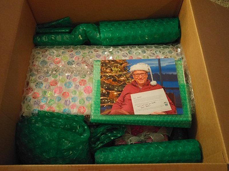 These are the Secret Santa gifts Bill Gates sent to a Reddit user