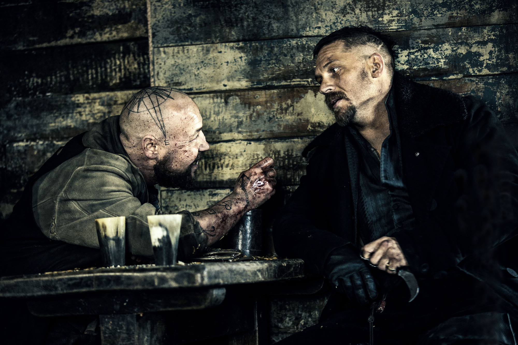WARNING: Embargoed for publication until 00:00:01 on 10/01/2017 - Programme Name: Taboo - TX: 14/01/2017 - Episode: Taboo - Ep 2 (No. n/a) - Picture Shows: Atticus and James Delaney. Atticus (STEPHEN GRAHAM), James Delaney (TOM HARDY) - (C) Scott Free Prods - Photographer: Robert Viglasky