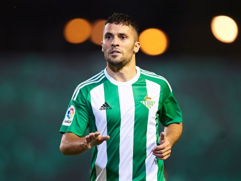 Left-back Riza Durmisi says he would join Liverpool from Real Betis if transfer offer made