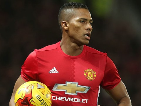 Antonio Valencia sends message to Manchester United fans after extending deal at Old Trafford