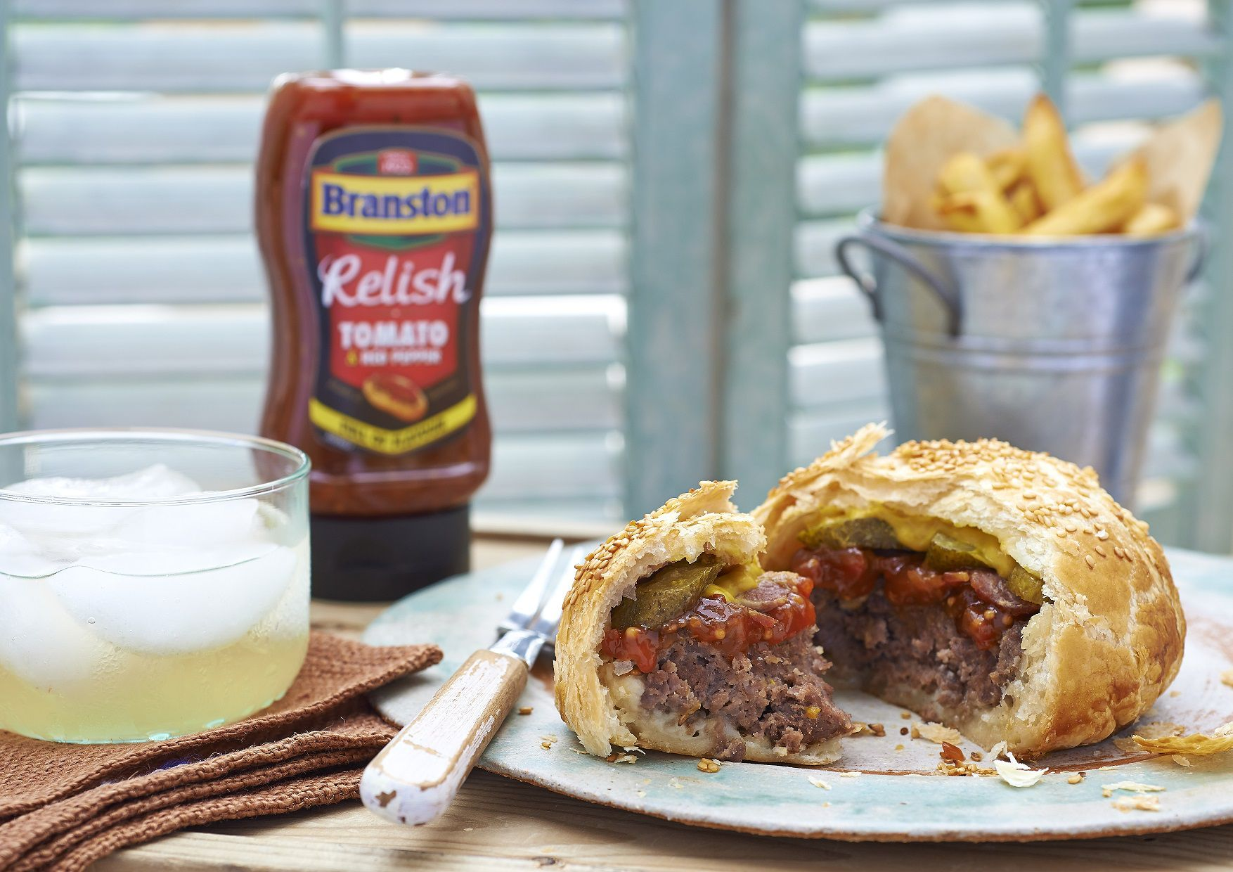 How to make a pie burger for National Pie Day