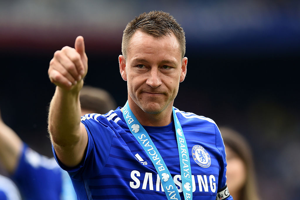 LONDON, ENGLAND - MAY 24: John Terry of Chelsea cleebrates winning the Premier League title after the Barclays Premier League match between Chelsea and Sunderland at Stamford Bridge on May 24, 2015 in London, England. (Photo by Michael Regan/Getty Images)
