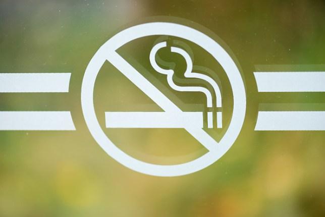 TORONTO, ONTARIO, CANADA - 2015/11/01: No smoking sign: Do not smoke sign on glass with blurred background. (Photo by Roberto Machado Noa/LightRocket via Getty Images)