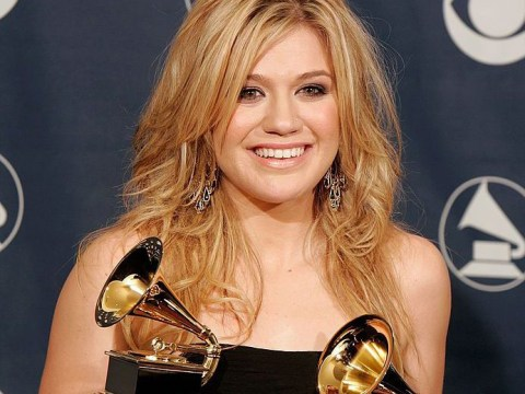 Kelly Clarkson spent the 2006 Grammy Awards thinking she had cancer after being given the wrong results