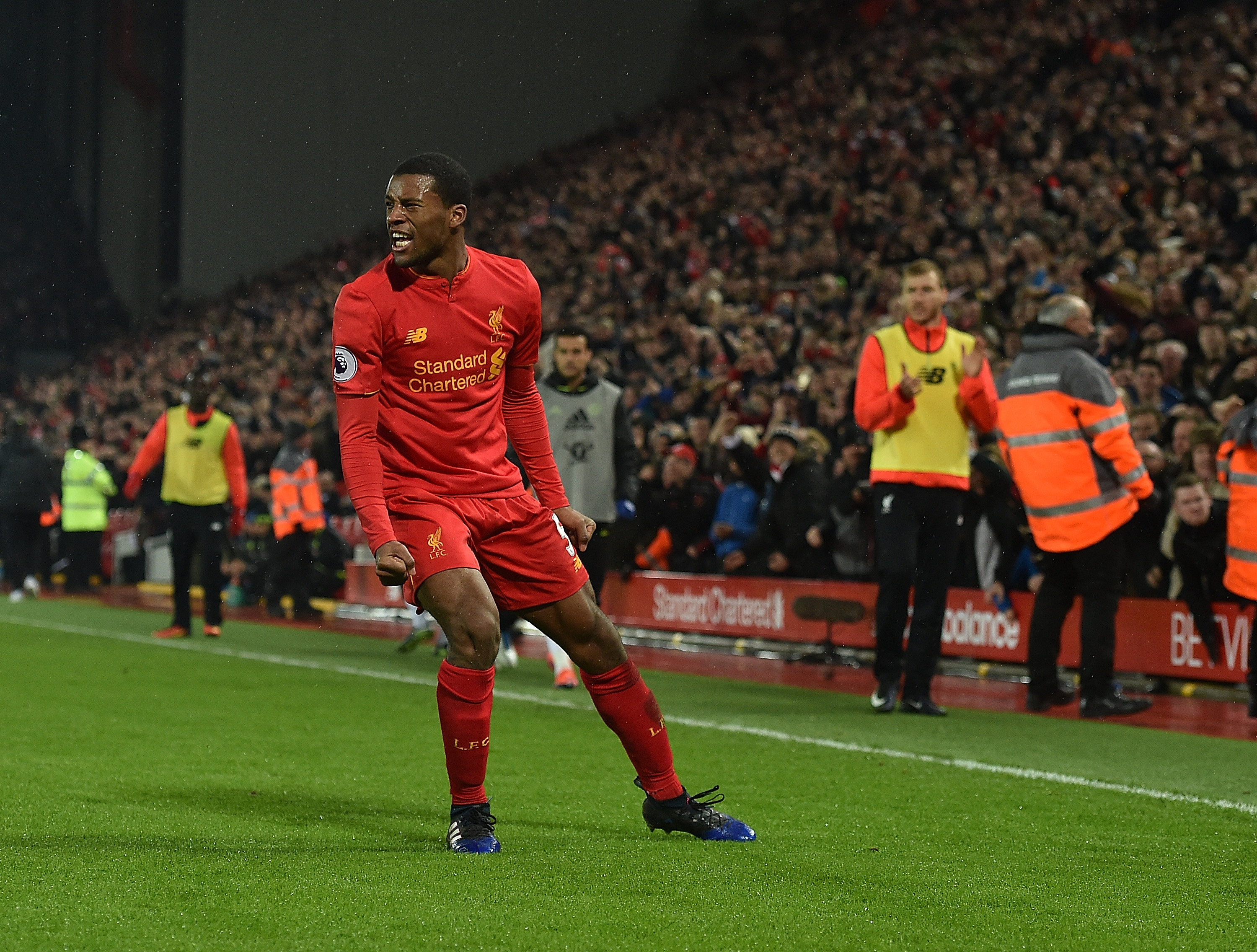 LIVERPOOL, ENGLAND - JANUARY 31: (THE SUN OUT, THE SUN ON SUNDAY OUT) Georginio Wijnaldum of Liverpool Celebrates after scoring the first for liverpool during the Premier League match between Liverpool and Chelsea at Anfield on January 31, 2017 in Liverpool, England. (Photo by Andrew Powell/Liverpool FC via Getty Images)