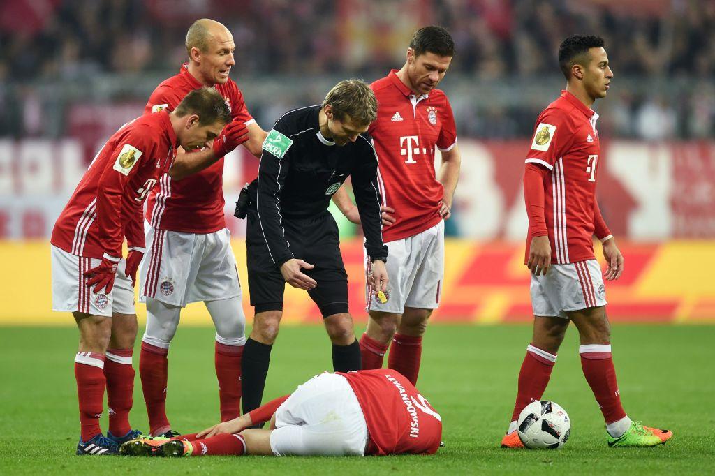 Arsenal receive huge boost as Bayern Munich star Xabi Alonso suffers injury blow