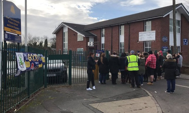 (Picture: Manchester Evening News) Police are currently attending a major incident at a primary school in Dukinfield.nThe incident is ongoing at Yew Tree Lane Community Primary School, on Yew Tree Lane.nIt is understood the children are all still at school and are being kept inside the building.nA council spokeswoman says all the youngsters are safe.nGreater Manchester Police have confirmed they are at the school, but have not released any further details.nnCAPTION Parents gather outside Yew Tree Community Primary School in Dukinfield