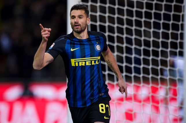 STADIO GIUSEPPE MEAZZA, MILAN, MI, ITALY - 2016/11/28: Antonio Candreva of FC Internazionale celebrates after scoring during the Serie A football match between FC Internazionale and ACF Fiorentina. FC Internazionale wins 4-2 over ACF Fiorentina. (Photo by Nicolò Campo/LightRocket via Getty Images)
