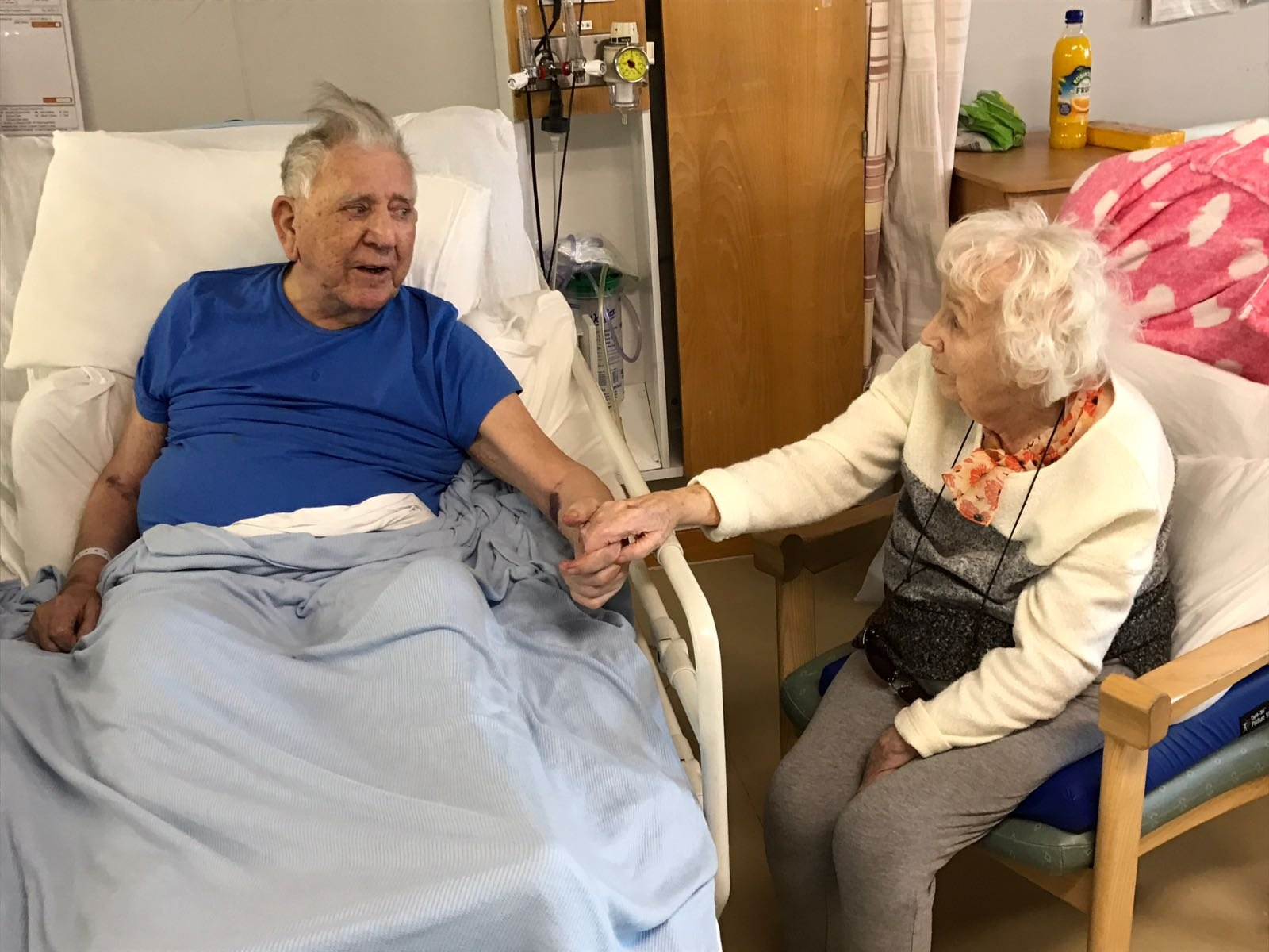 fee for online £75 per image and Fee For Print £150 per image Peggy and Peter White from Erskine. Staff put them in the same ward together at the RAH