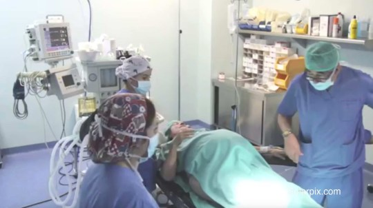 Woman, 64. gives birth to twins at a hospital in Spain ...
