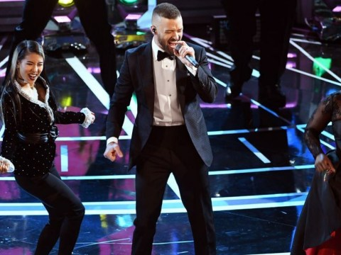 Justin Timberlake kicked off the Oscars 2017 by making everyone dance really awkwardly
