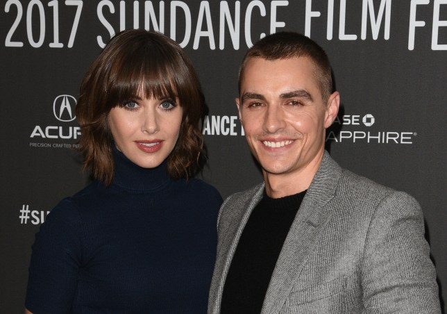 Alison Brie And Dave Franco Wedding.Dave Franco And Mad Men S Alison Brie Have Wedding In Secret Metro