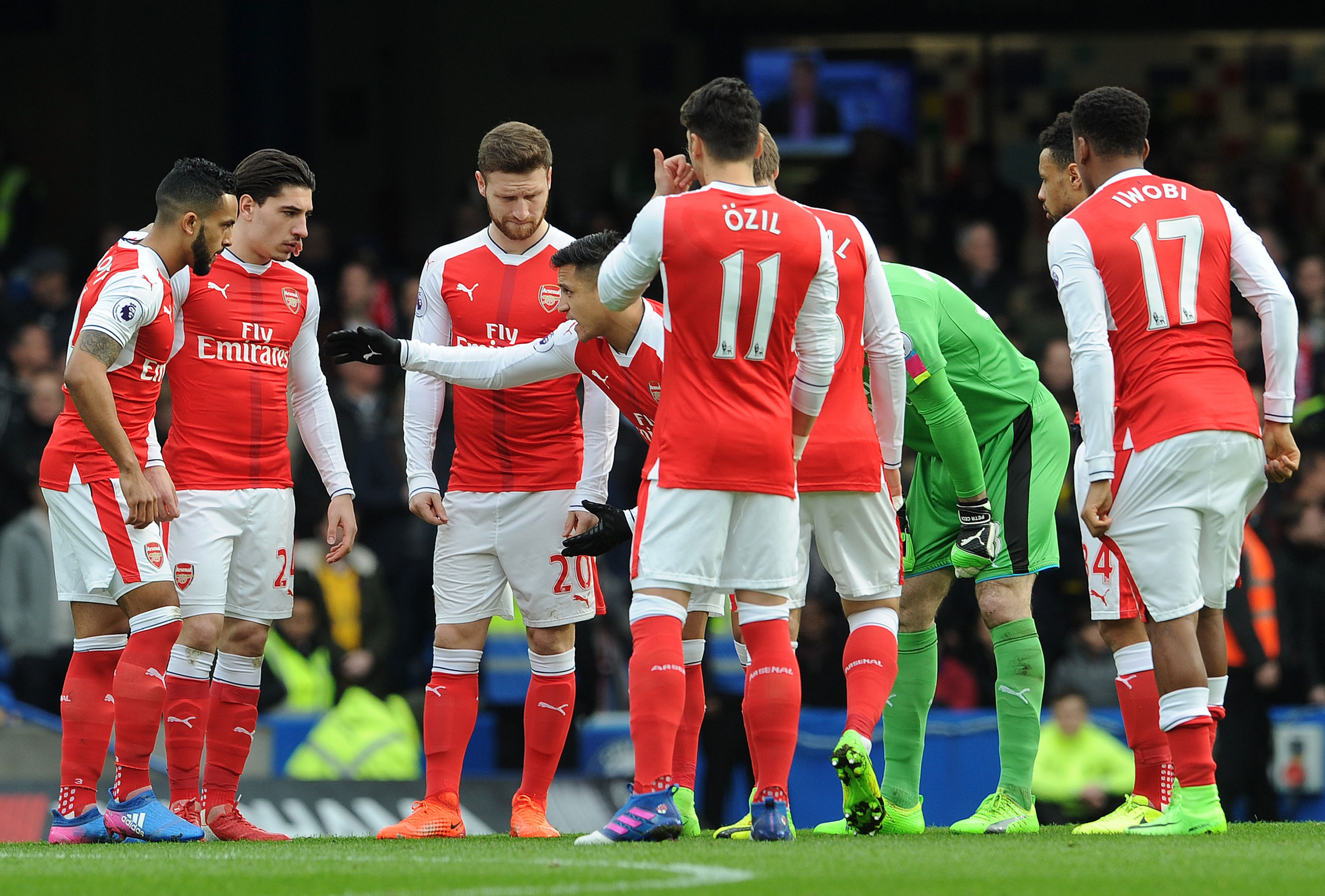 Arsenal players need to show more leadership, says Ray Parlour