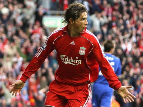 Liverpool and Chelsea show support for Fernando Torres after frightening head injury