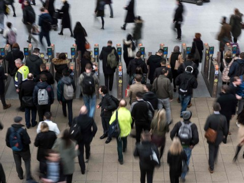 24-hour rail strike to plunge commuters into travel chaos
