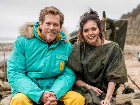 Kevin Bacon saves Scarlett Moffatt from dining grubs in new EE advert