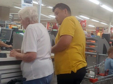 Dad-of-two buys elderly woman's groceries after her card is repeatedly declined