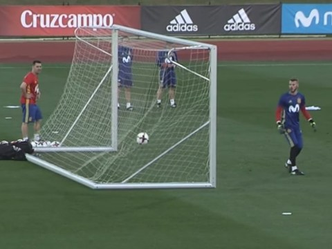 Chelsea star Cesar Azpilicueta stuns David De Gea with wondergoal in Spain training