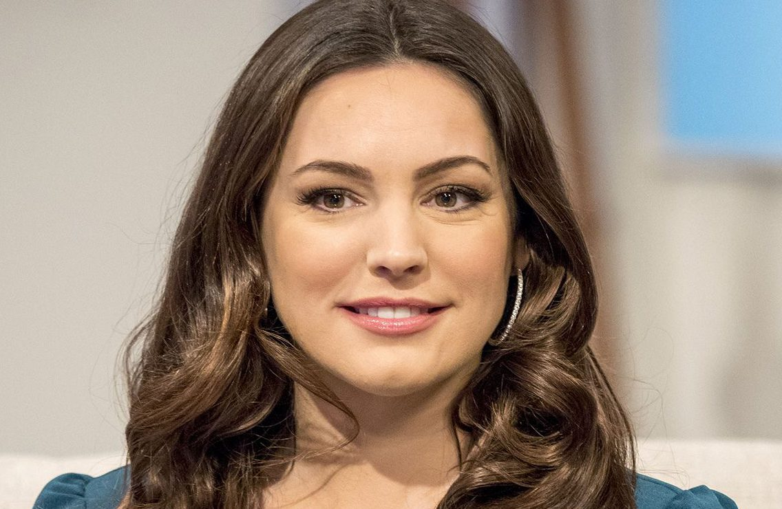 Kelly Brook admits proposing to boyfriend Jeremy Parisi but he told her to shut up