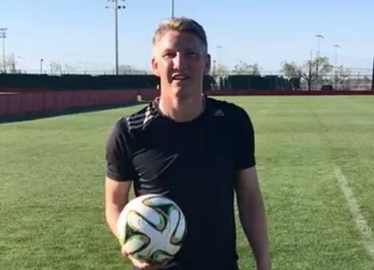 Ex-Manchester United star Bastian Schweinsteiger is training in Mallorca as he awaits US visa