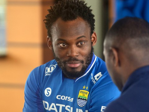 Chelsea legend Michael Essien totally snaps while playing in Indonesia