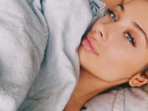 This beauty vlogger brilliantly took down the pressure to wake up flawless