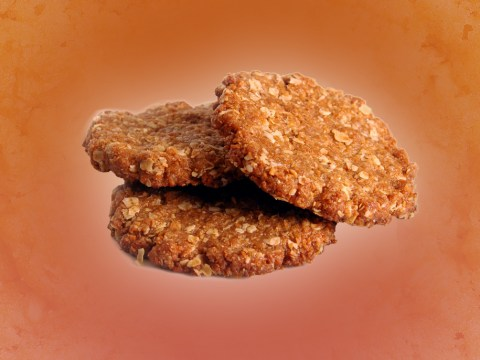 How to make ANZAC biscuits, plus a vegan ANZAC biscuit alternative