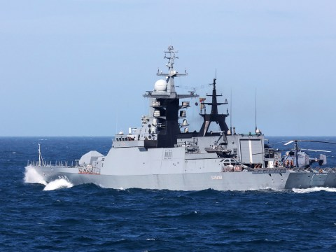 Putin sails two warships through English Channel
