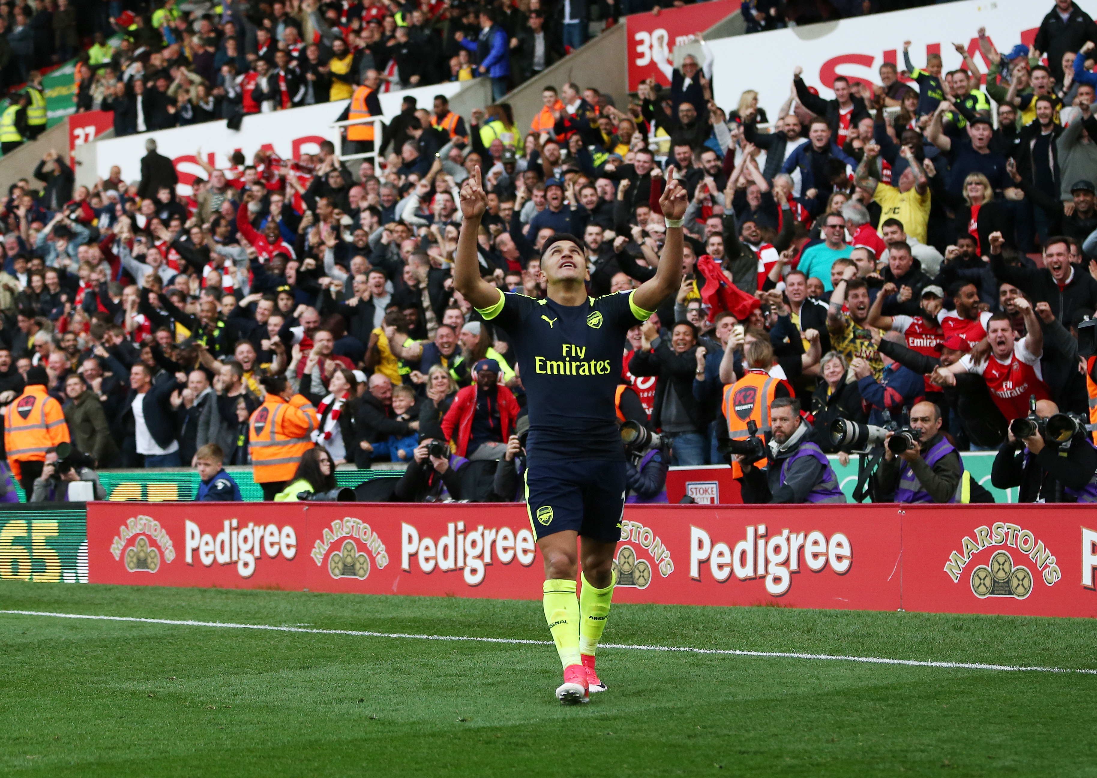 Stoke 1-4 Arsenal player ratings: Alexis Sanchez stars to keep top four hopes alive