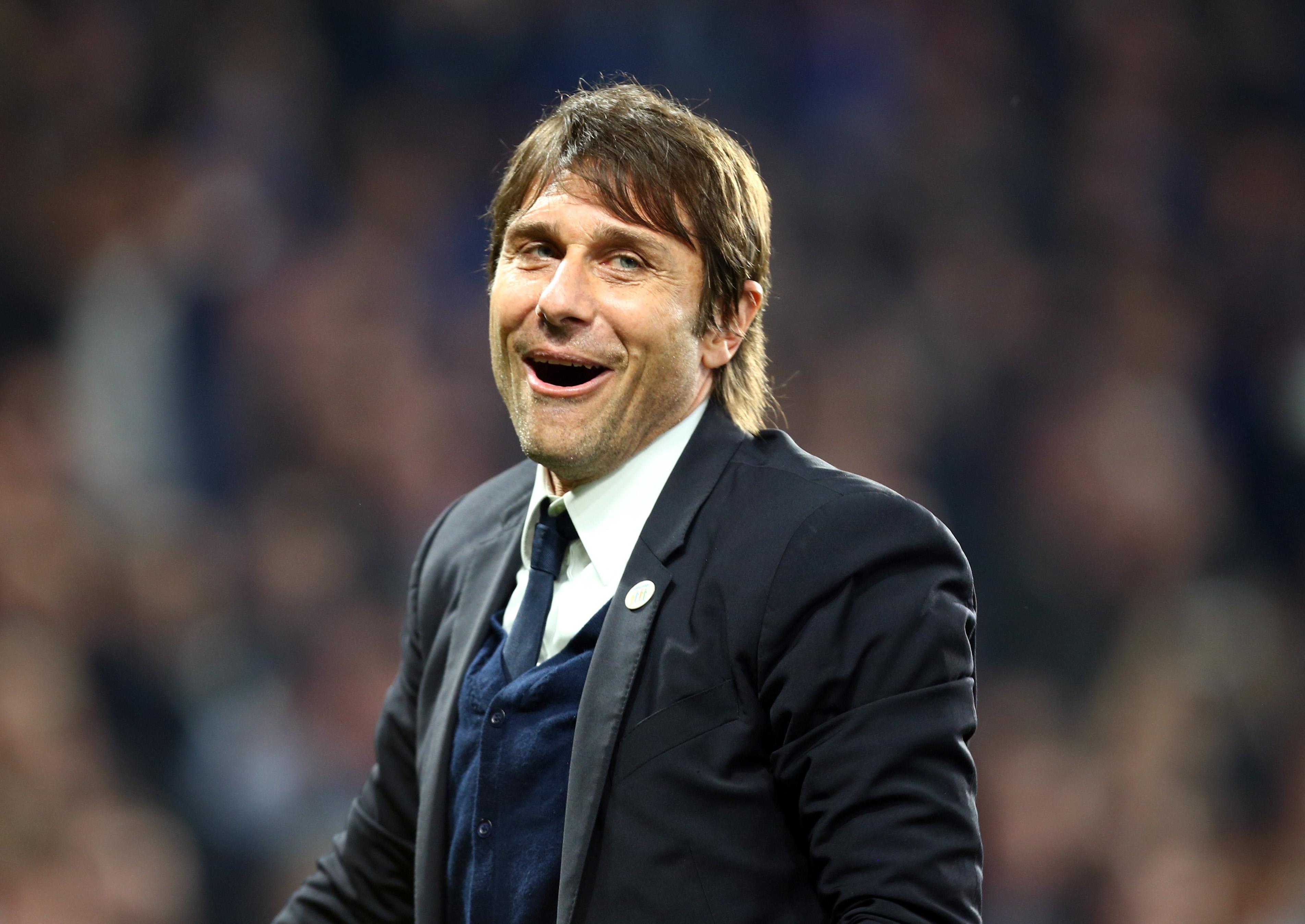 Joe Cole urges Antonio Conte to adopt Sir Alex Ferguson's blueprint and sign Sergio Aguero and Alexis Sanchez