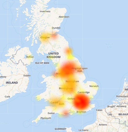 EE down: Huge outage of 4G network leaves people unable to