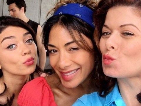 Nicole Scherzinger beams in make-up free selfie with Dirty Dancing co-stars Sarah Hyland and Debra Messing