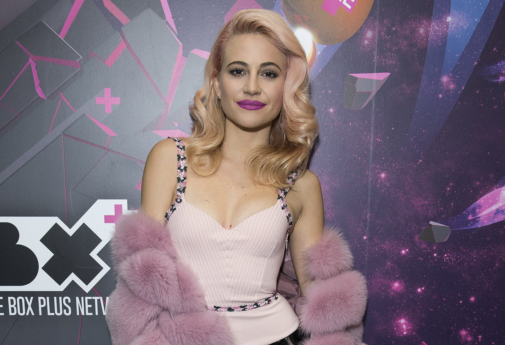 She might be a star but Pixie Lott still has a 'Saturday job' serving tea and coffee
