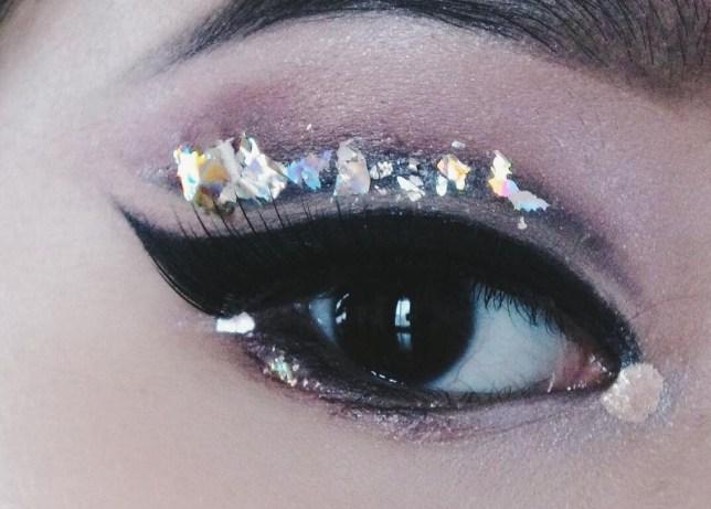 shattered glass eyeliner trend