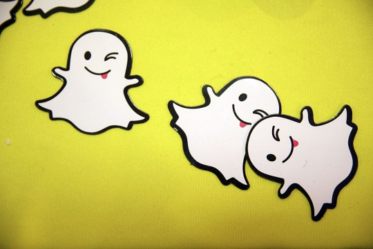 How to get moving stickers on Snapchat | Metro News