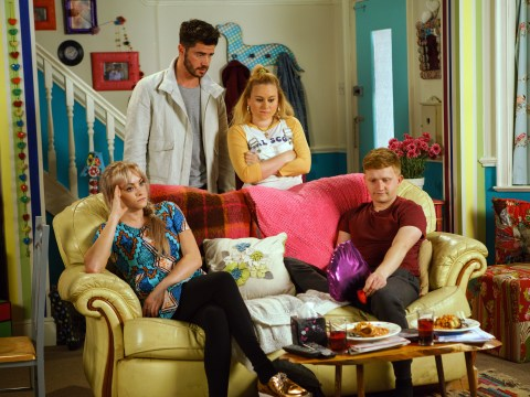 Coronation Street spoilers: Will stab victim Chesney sue Michelle and Robert for £10,000?