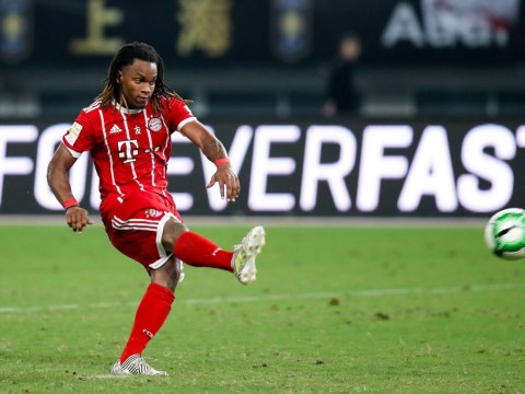 Carlo Ancelotti trying to persuade Renato Sanches to make AC Milan transfer