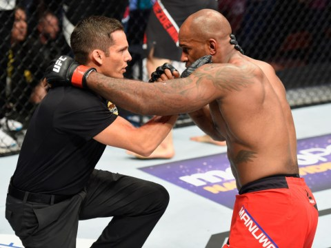 Referee needs to stop dazed Jimi Manuwa from fighting him after UFC 214 loss